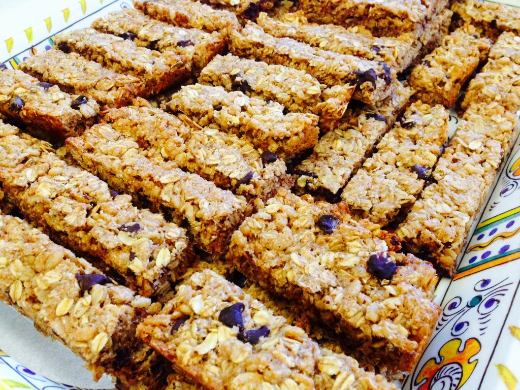 coconut almond butter granola bars with chocolate chips